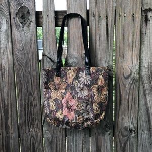 Handbags - 💐Vintage floral carry-all tote💐